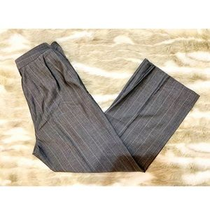 ELLEN TRACY Gray Pinstripe Trousers
